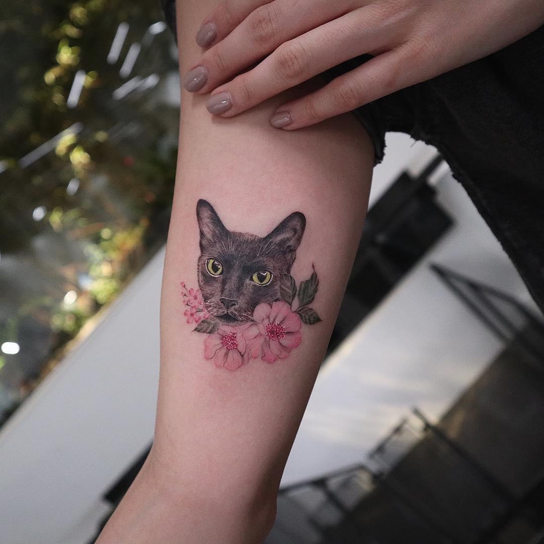 54 Lovely Cat Tattoos For Women
