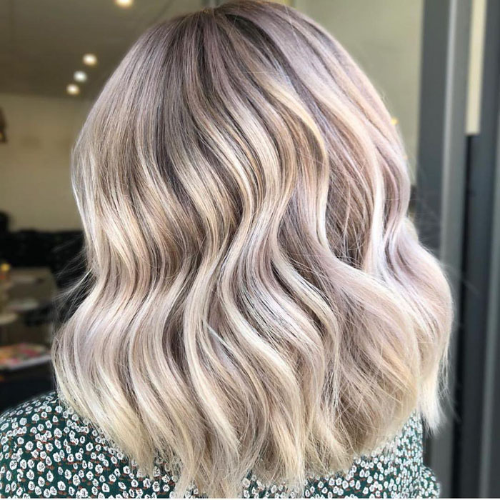 70 Gorgeous Hairstyles For Medium Length Hair in 2020