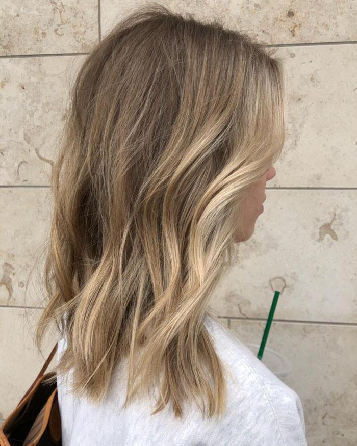 70 Gorgeous Hairstyles For Medium Length Hair in 2020