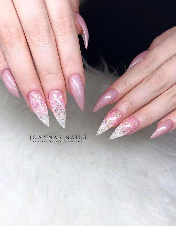 45 Pretty Glitter Nail Art Designs You Should Try