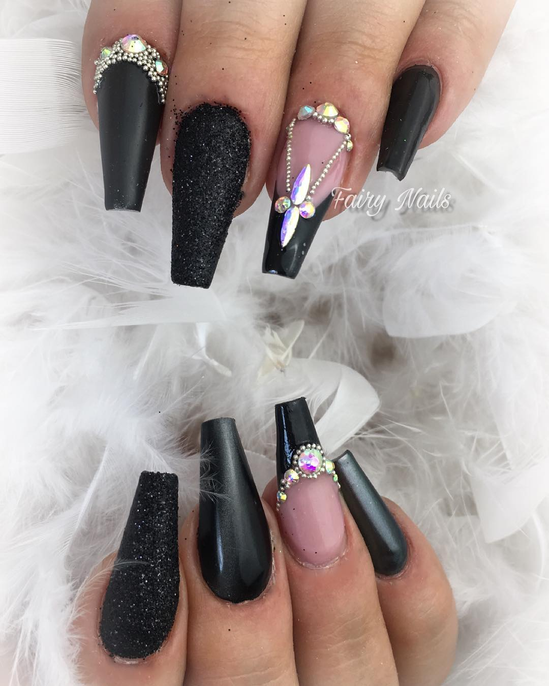 34 Impressive Black Coffin Nail Designs