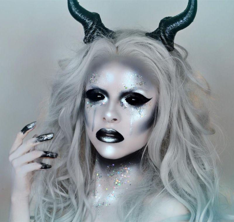 40 Attractive Fantasy Makeup Designs You Will Love