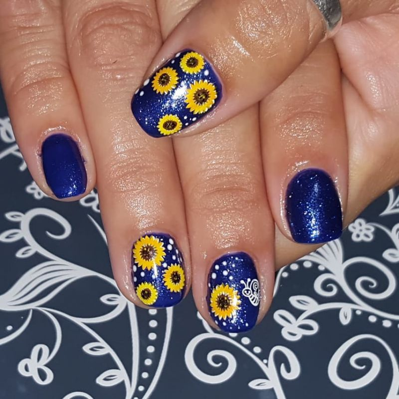 51 Bright Sunflower Nail Art Designs to Inspire You