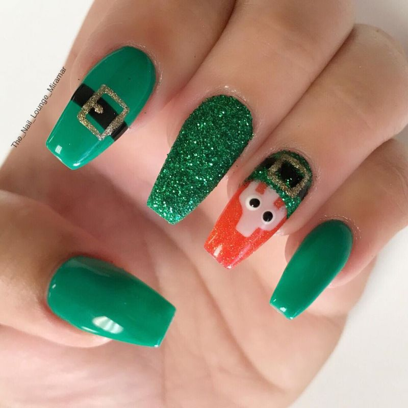 43 Fantastic Christmas Nail Art Designs To Spice up Holiday Season
