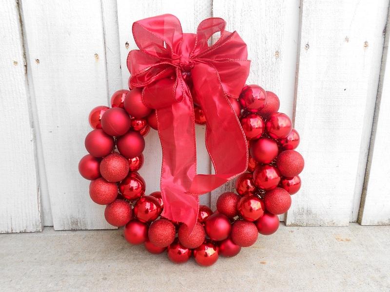26 Creative DIY Homemade Christmas Baubles Decorations to Make
