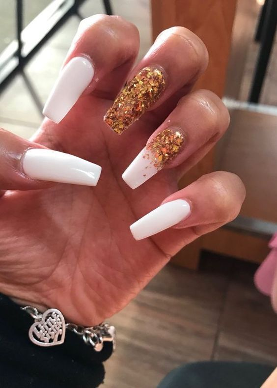 40 Awesome Acrylic Nail Designs for Winter 2019