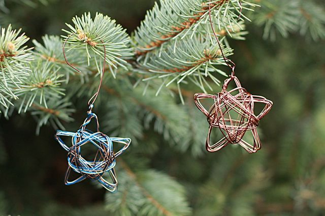 52 Affordable and Easy DIY Christmas Ornaments Anyone Can Make
