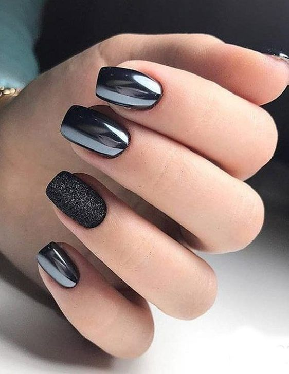 50 Trendy Winter Nail Colors to Warm Up Your Hands