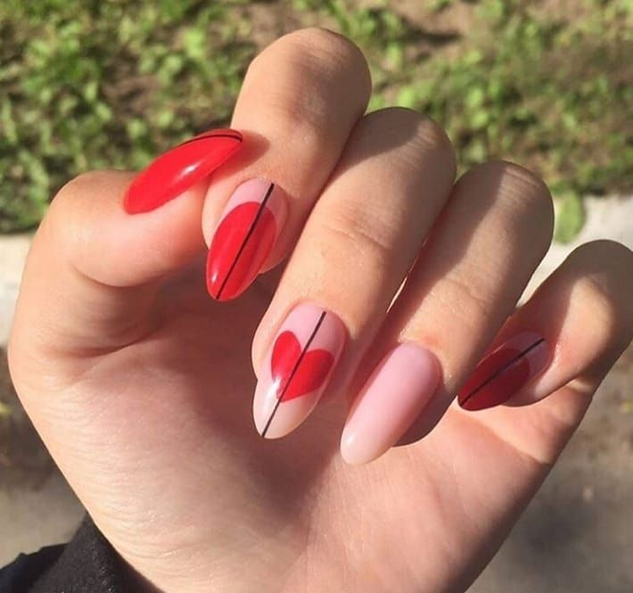 100 Romantic Valentine's Day Nails Designs with Hearts