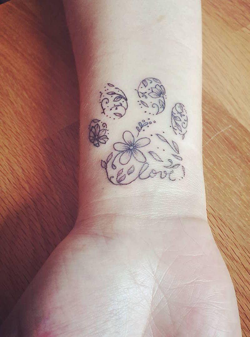 30 Pretty Paw Print Tattoo Designs to Inspire You