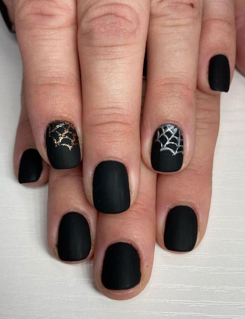 30 Spooky Halloween Nail Art Designs for 2020
