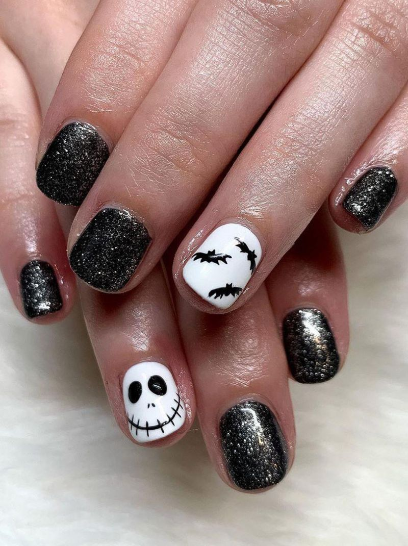 30 Trendy Halloween Bat Nail Art Designs for 2020