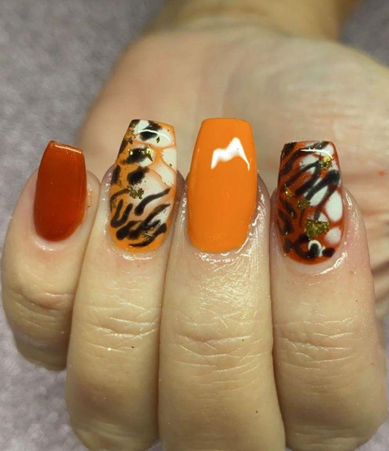 30 Pretty Tiger Print Nail Art Designs You Should Try