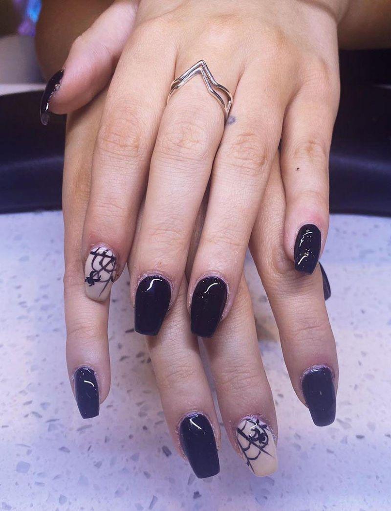 30 Trendy Halloween Spider Nail Art Designs for 2020