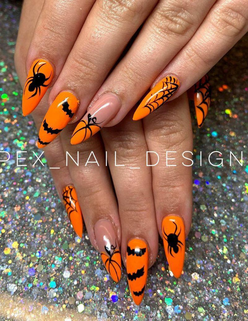30 Trendy Halloween Spider Nail Art Designs for 2020