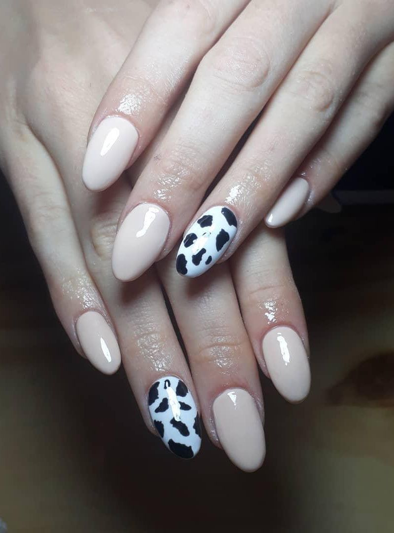 30 Pretty Cow Print Nail Art Designs You Should Try