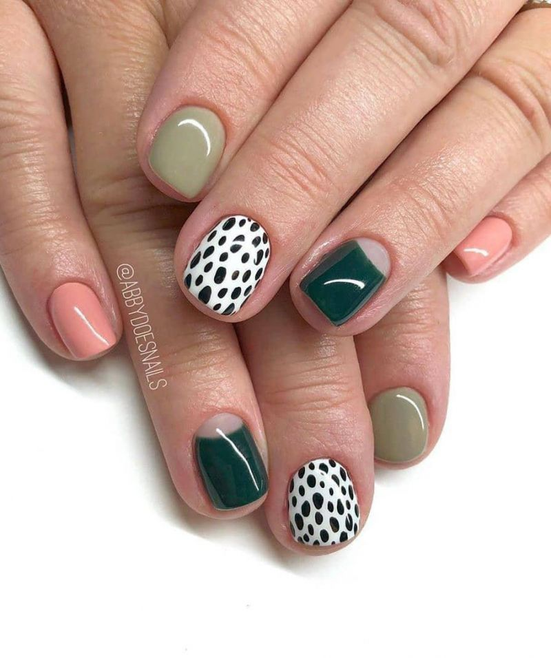 30 Awesome Animal Print Nails You Have to Try