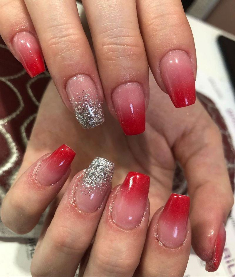 30 Trendy Red Ombre Nails to Try Right Now