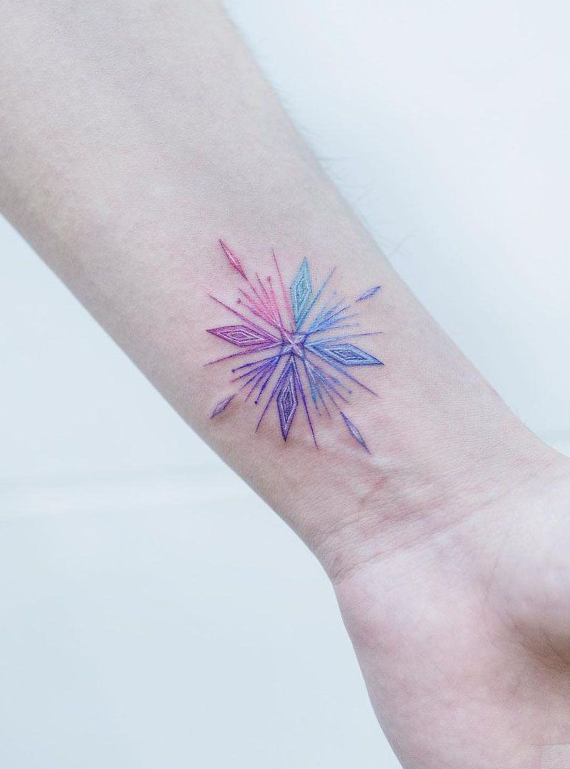 30 Pretty Snowflake Tattoos You Will Love
