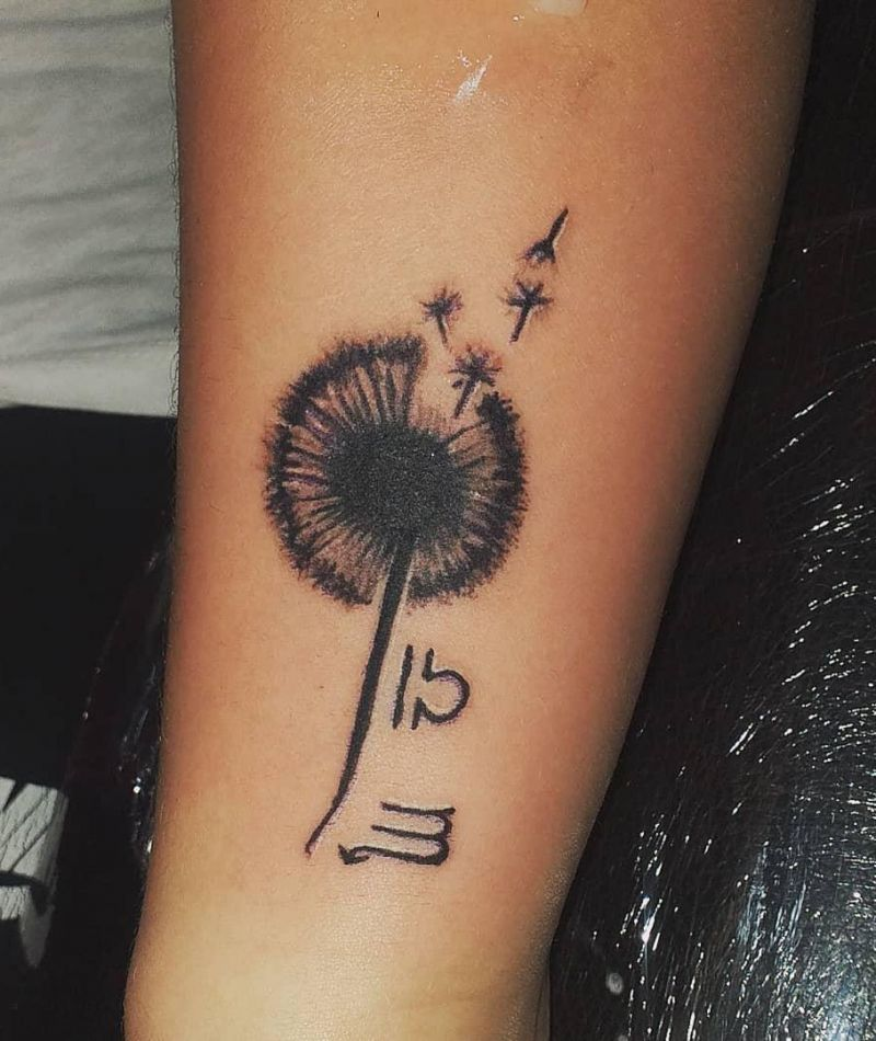 30 Pretty Dandelion Tattoos You Must Try