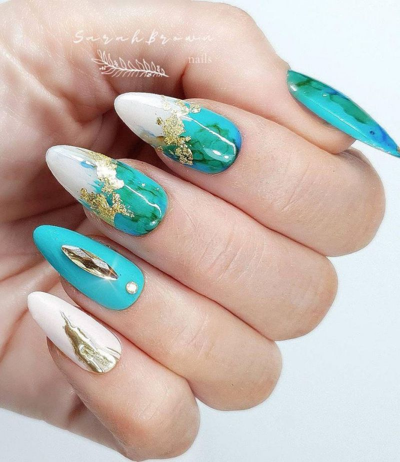 30 Elegant Sea Nail Art Designs You Will Love